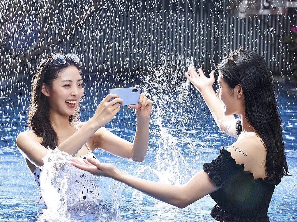 玩水濕身沒在怕!三大熱銷防水機推薦 Zenfone 8現賺2200