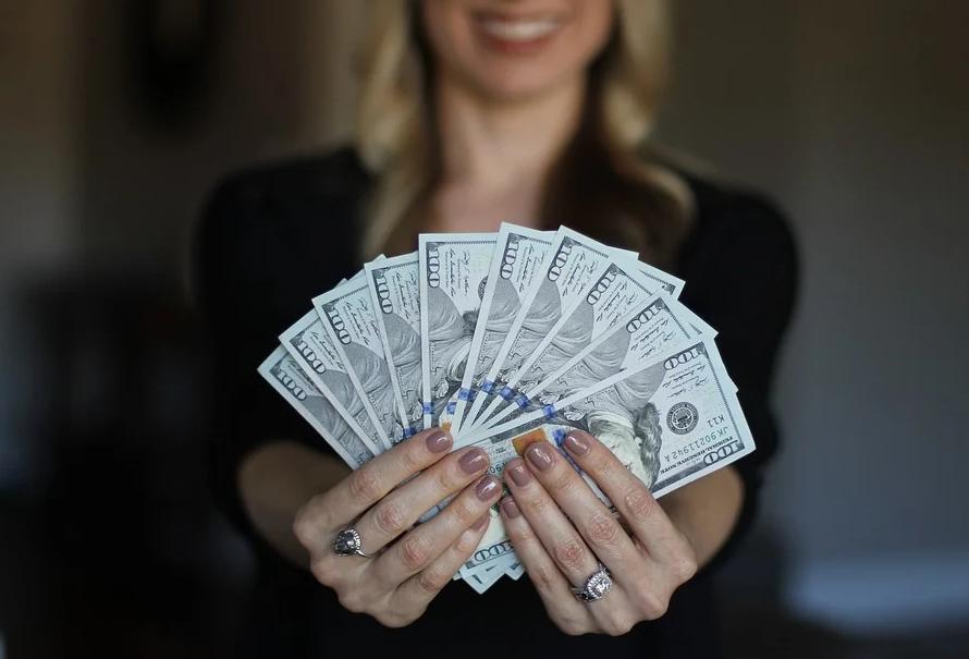 【理財專知】什麼是複利?與單利差別在哪邊?要怎麼用它錢滾錢