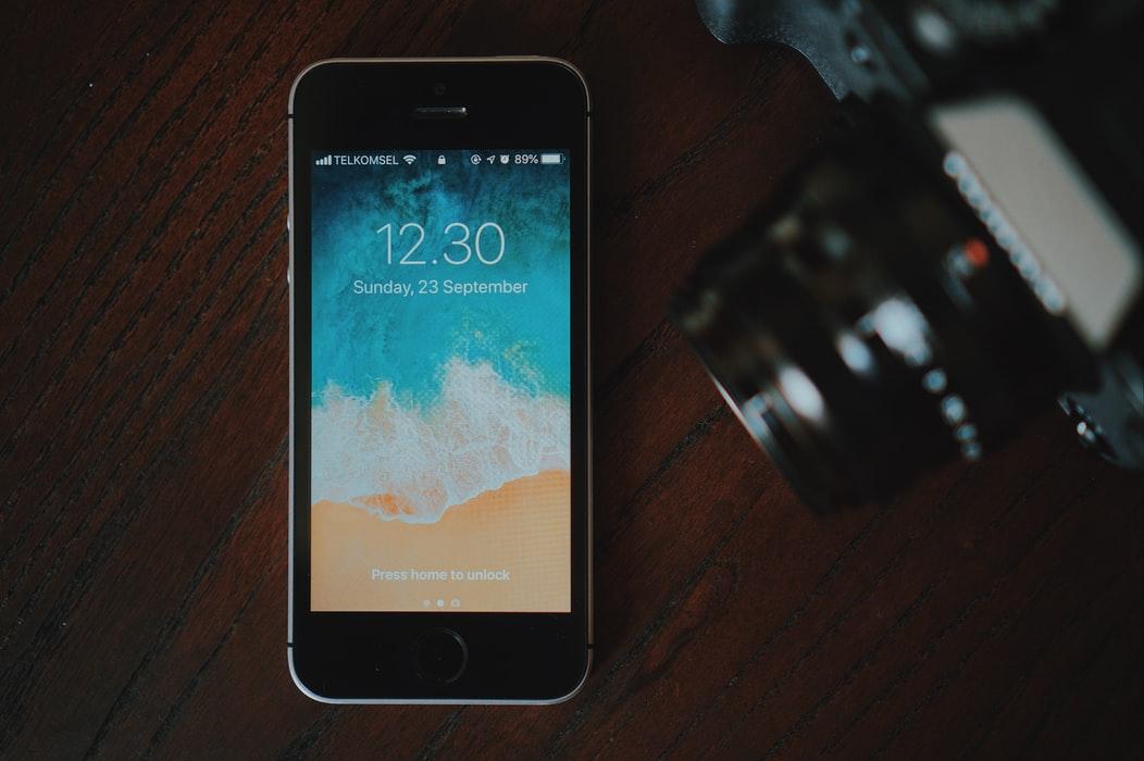 【手機專知】iPhone如何不按電源鍵重新開機/鎖定螢幕?