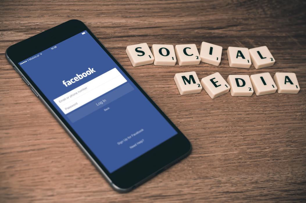 【科技新知】FB臉書如何更改語言設定?中英日等多國語言都可以!