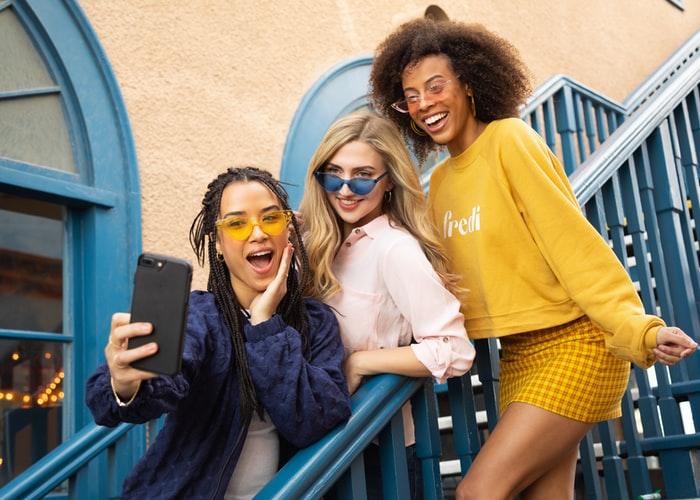 【購機技巧】2021年上半年萬元自拍美顏手機推薦!讓妳一秒變網紅!
