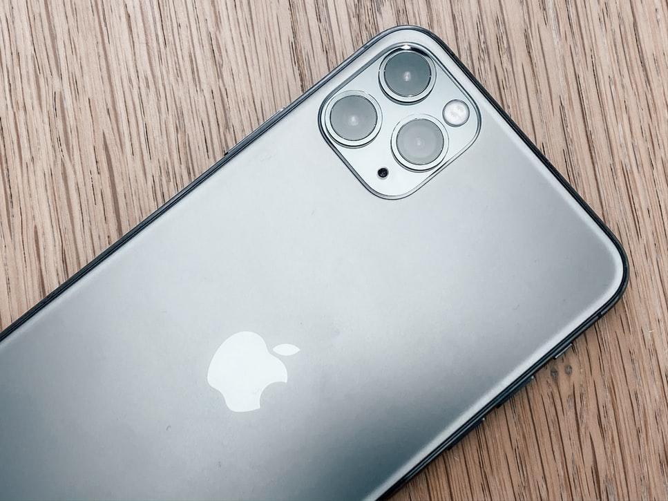 【快訊】2022年 iPhone 像素大升級 ?郭明錤預測推4新機 大立光將受惠