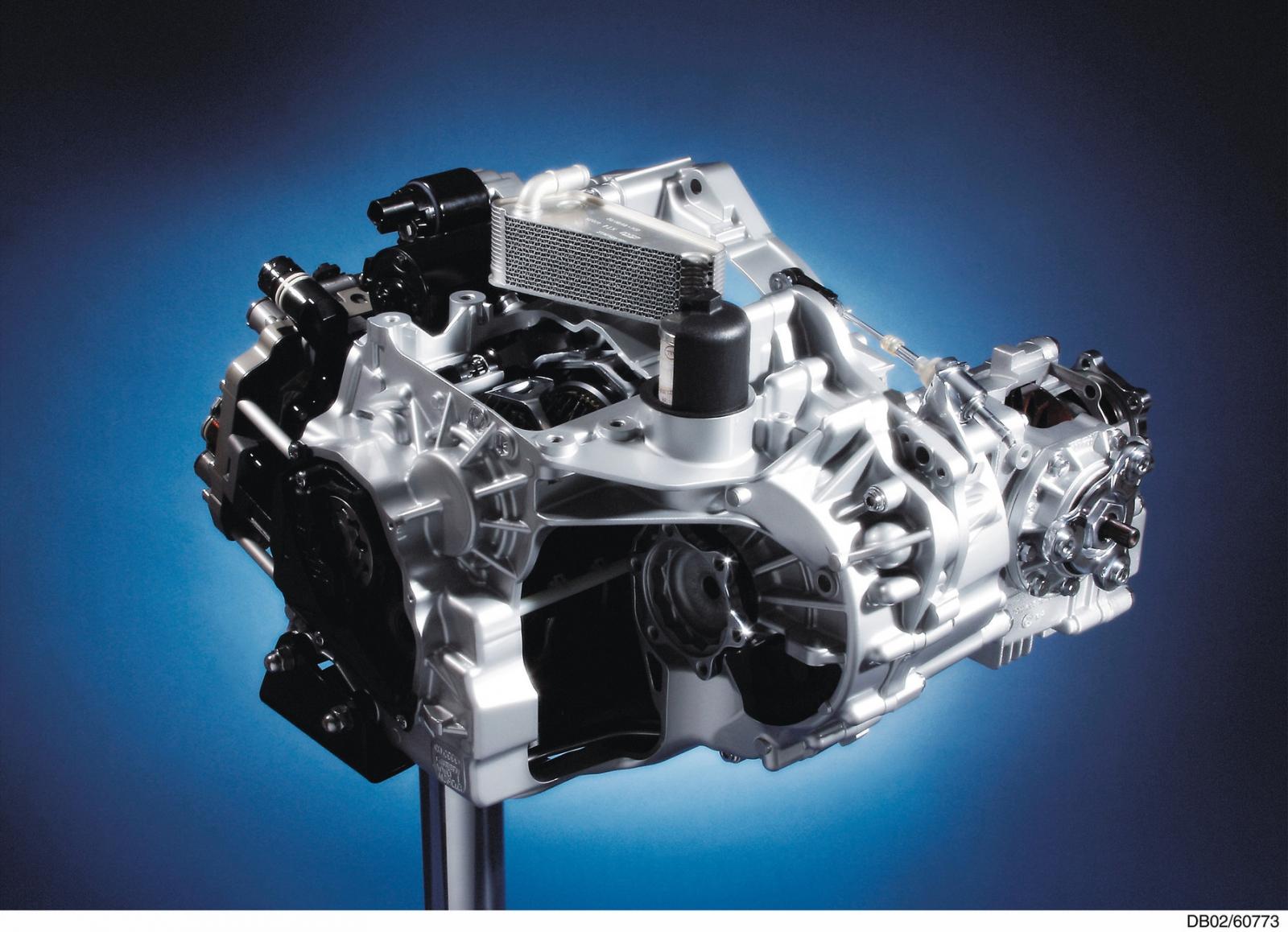 【汽車專知】雙離合器變速箱是什麼?有乾式也有濕式?