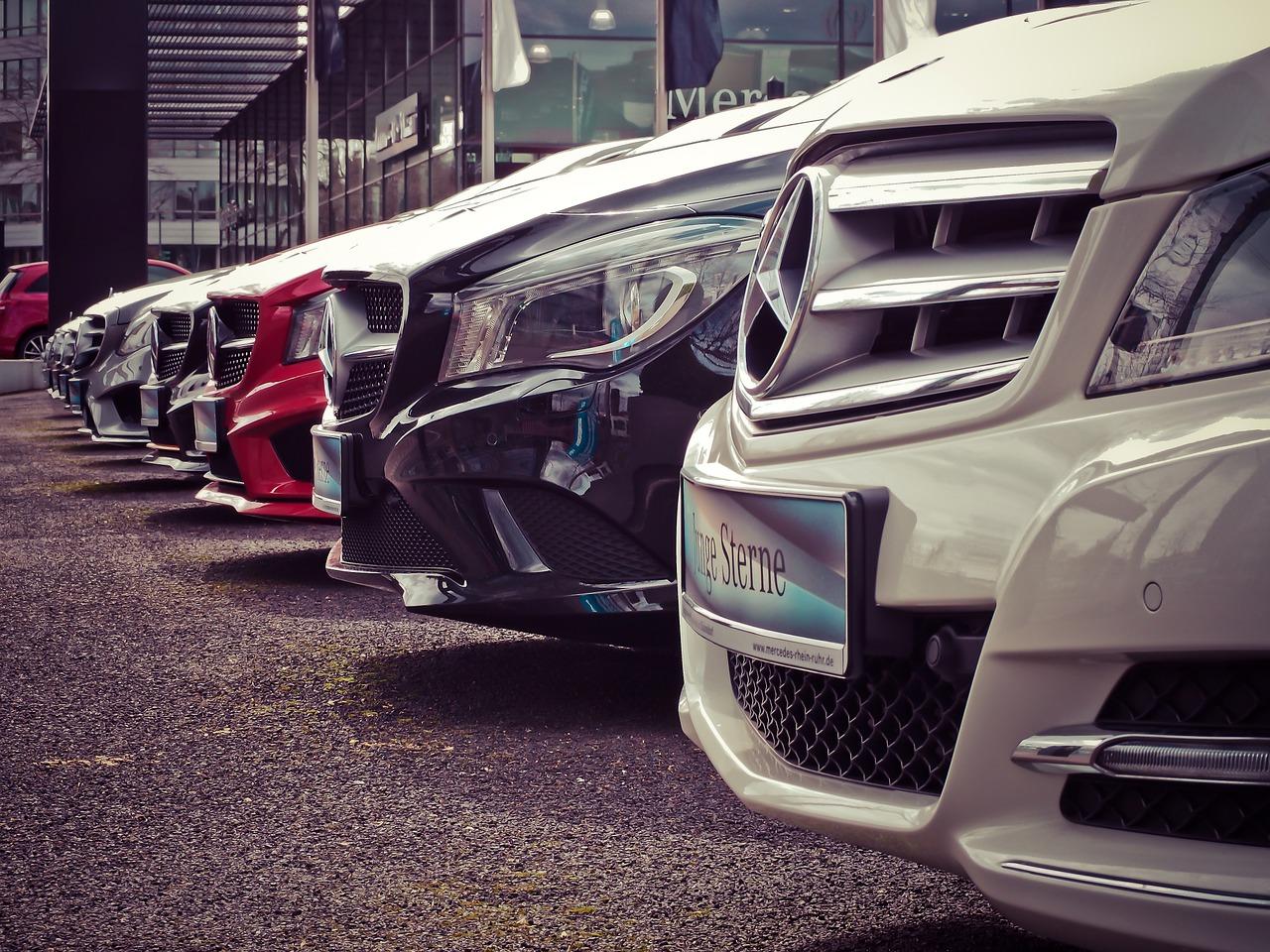 【汽車專知】該買車好還是租車好?各有什麼優缺點?