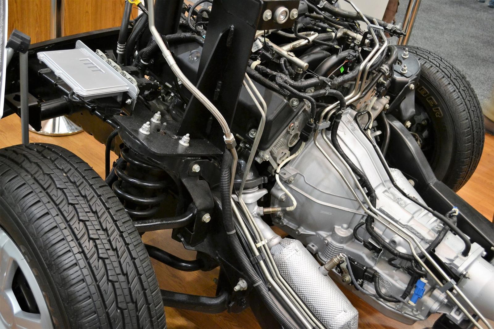 【汽車專知】什麼是懸掛系統?有分哪幾種呢?