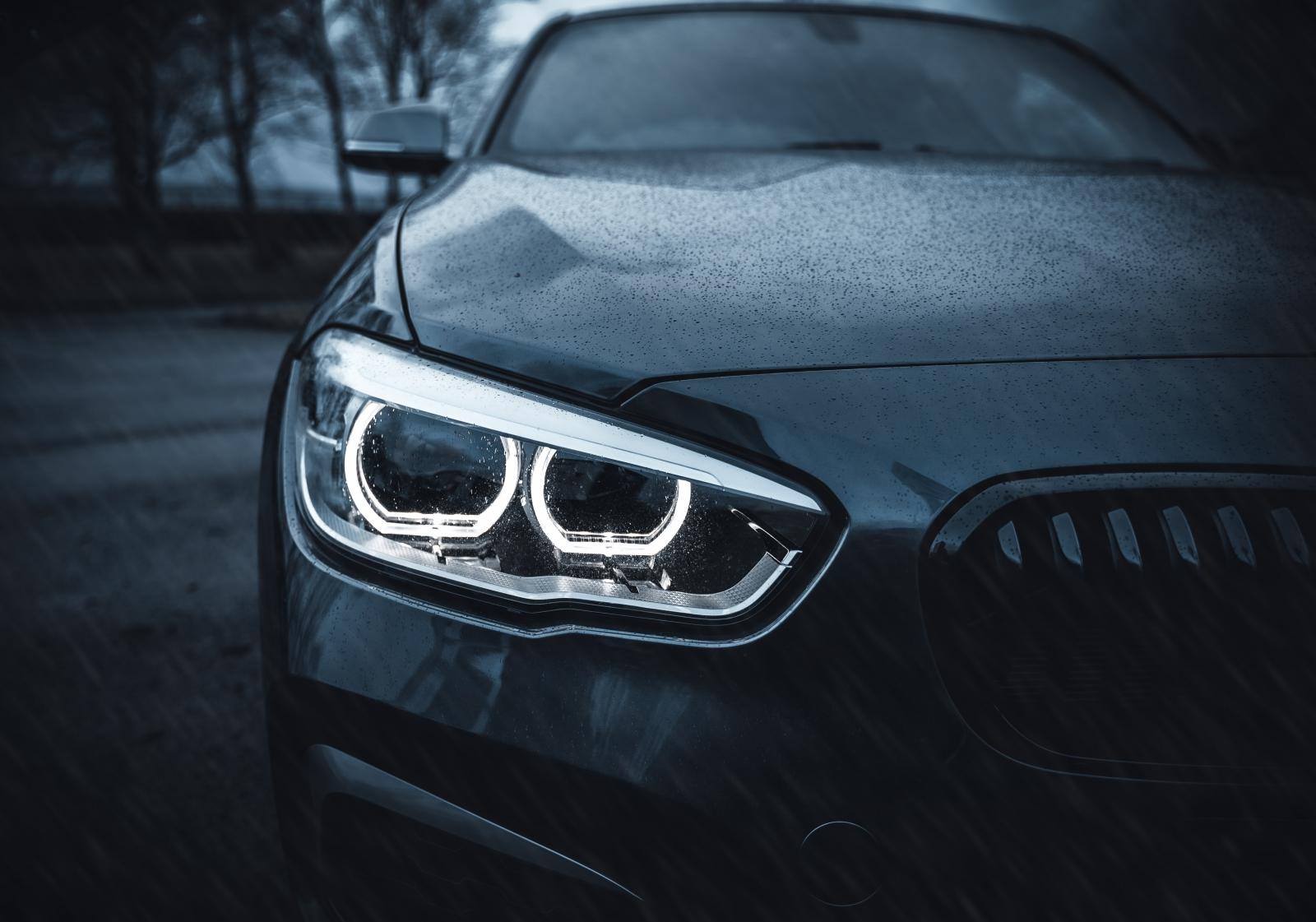【汽車專知】大燈是什麼?遠光燈與進光燈的使用時機!可以用霧燈代替嗎?