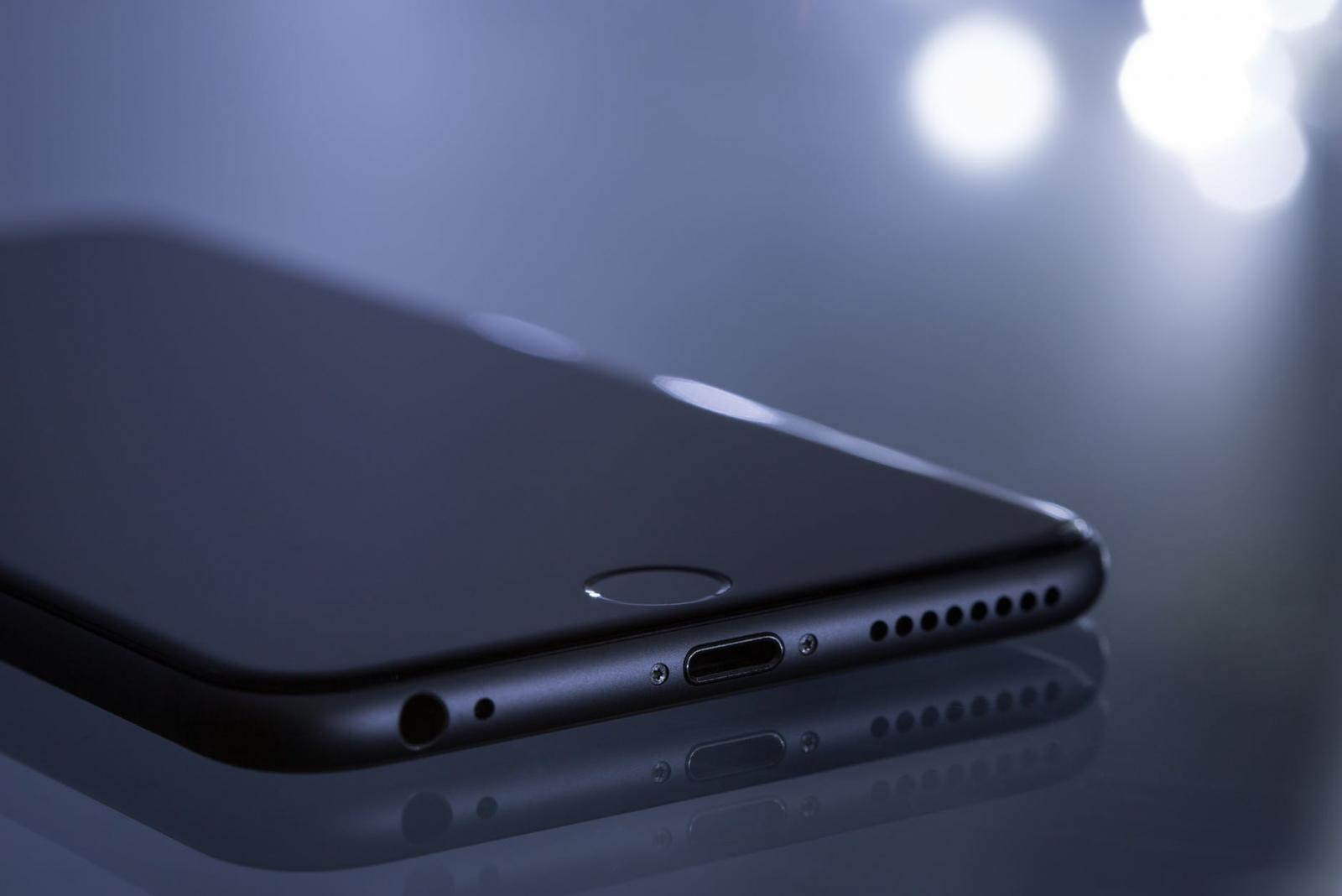 【快訊】Android 平價機挫咧蛋?史上最便宜5G iPhone 傳明年發布