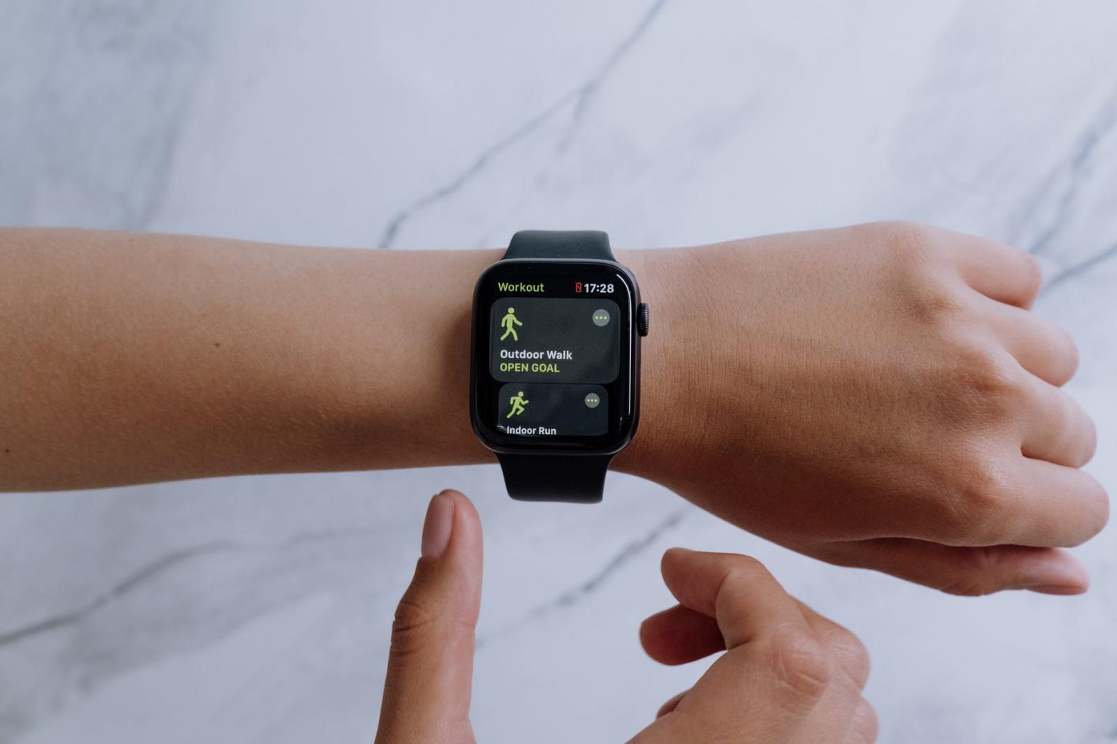 【快訊】蘋果最新專利曝光!Apple Watch將能追蹤「體表水分」避免中暑