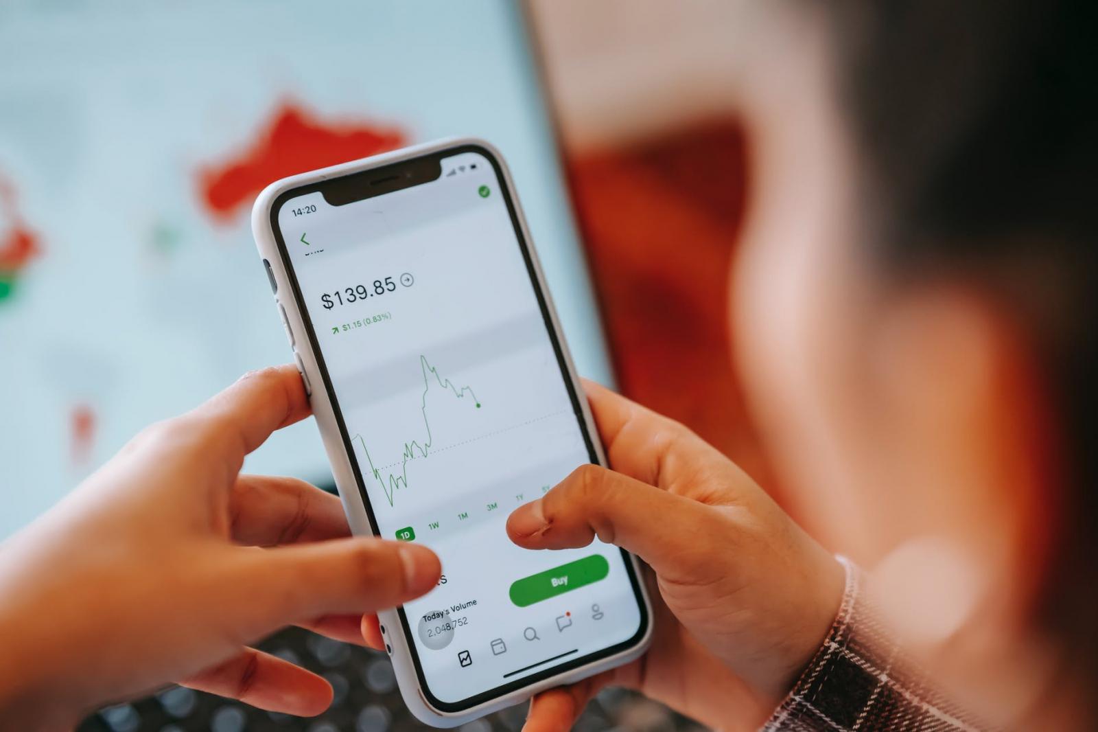 【理財專知】什麼是技術面?靠它真能穩賺不賠?3分鐘認識技術分析