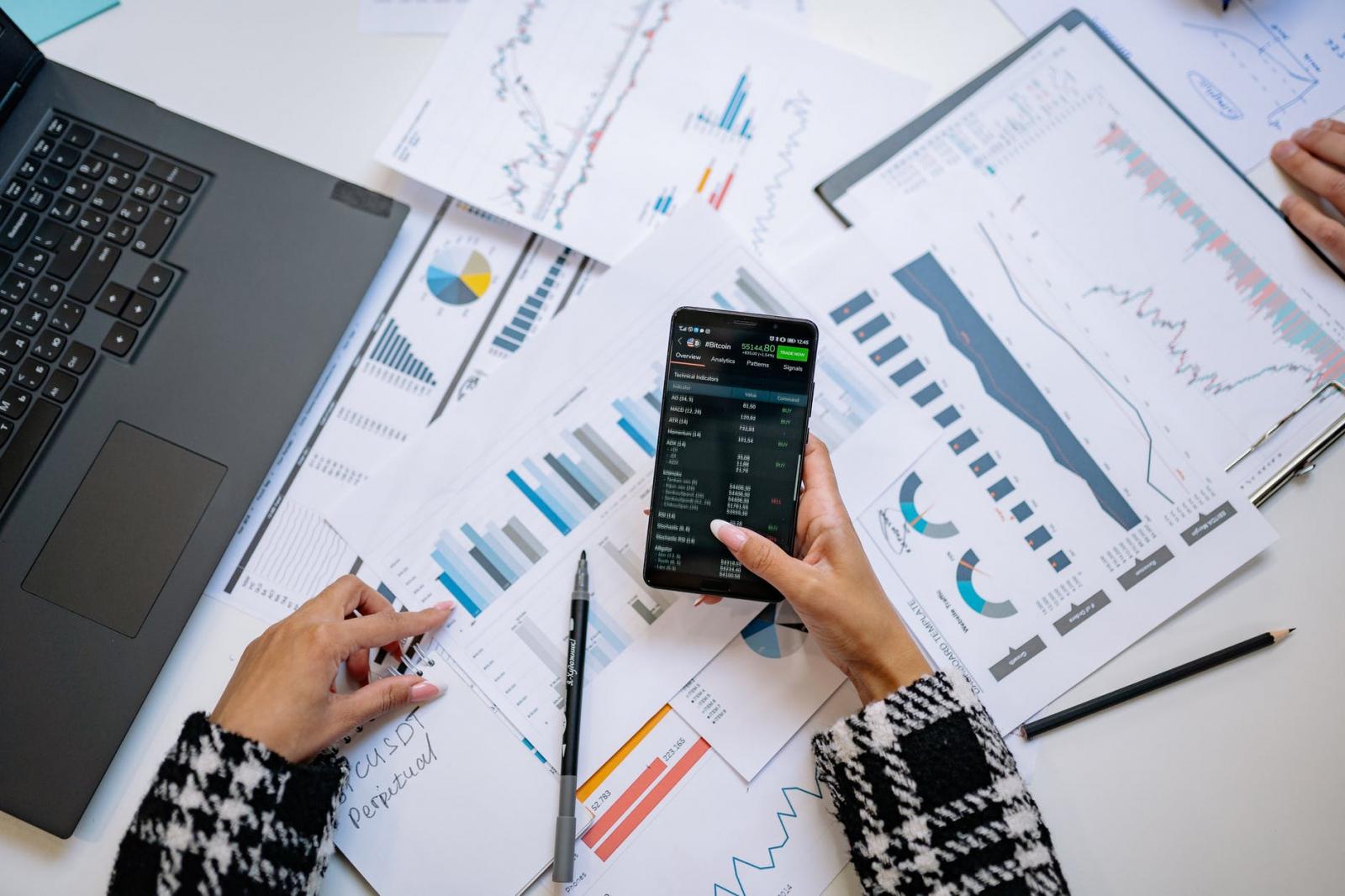 【理財專知】什麼是區間震盪指標?如何用它判斷股票價格趨勢