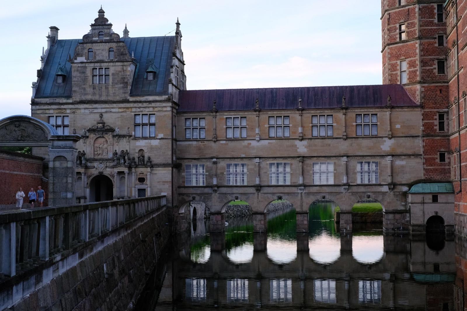 【理財專知】什麼是股票投資護城河?如何判斷哪些公司有投資護城河優勢?