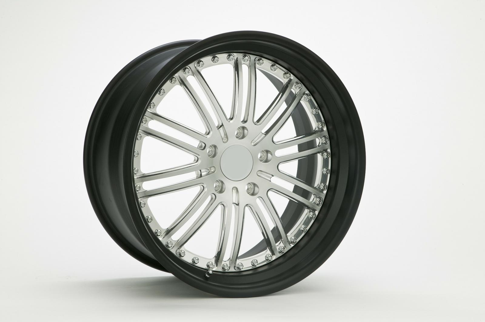 【汽車專知】鍛造輪胎是什麼?跟鑄造來比一比!